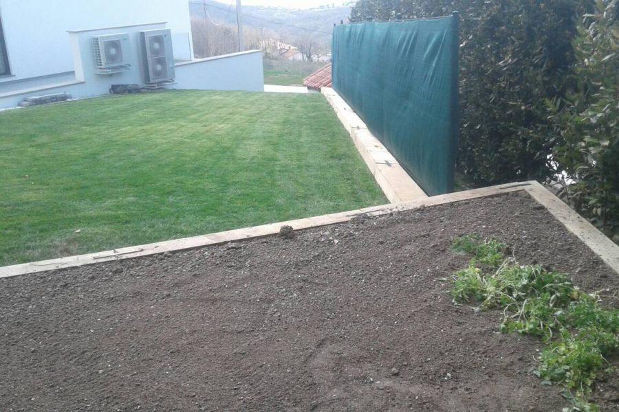 Hrastovi pragovi za urejanje vrtov